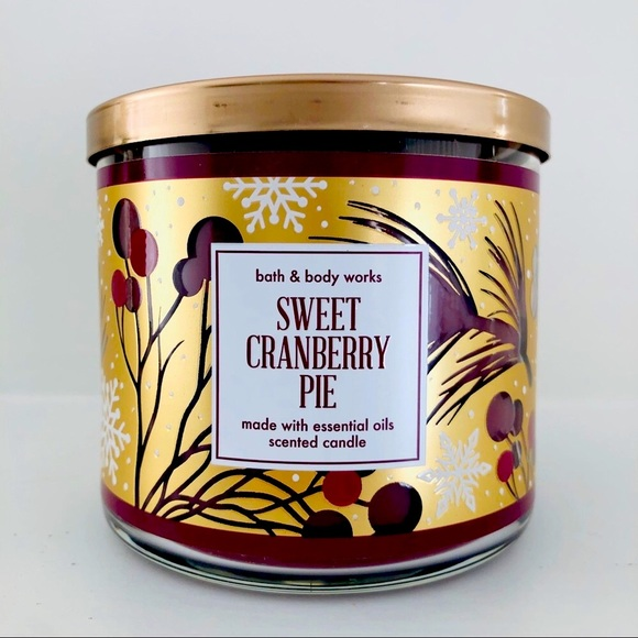 Bath and Body Works Sweet Cranberry Pie Candle